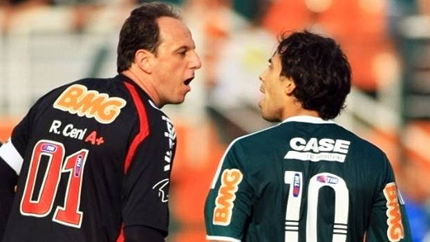 Ceni 'desconhece qualquer informação sobre Valdivia', mas elogia: 'Ótimo jogador'