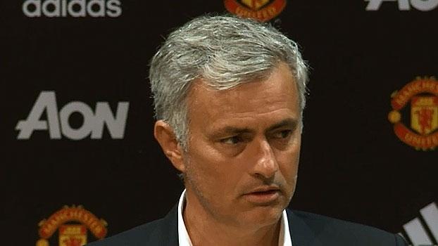 3baebe9e08 Mourinho diz que Pogba está à vontade no papel de estrela e elogia estreia
