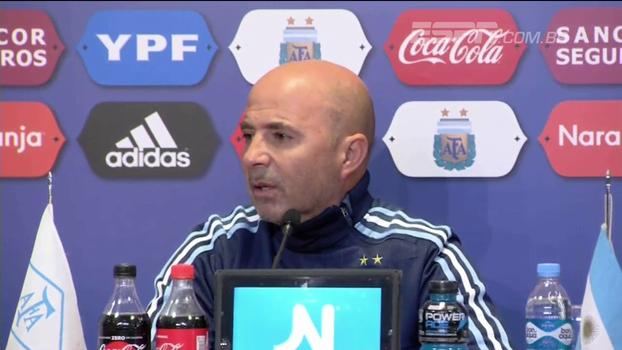 Sampaoli nega desentendimento com Messi e diz que rumores foram mal intencionados