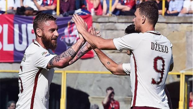 Roma faz 3 gols no Bologna fora de casa, vence e segue na caça à Juve
