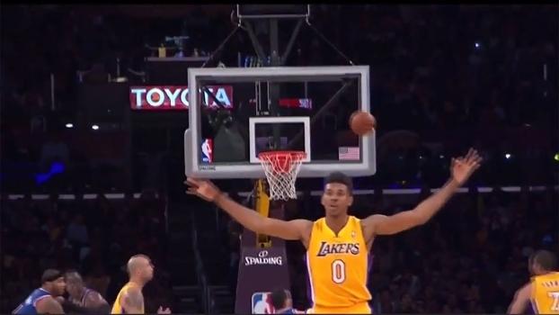 Empolgou! Com lance histórico de Young, relembre momentos em que ambição deu errado no basquete