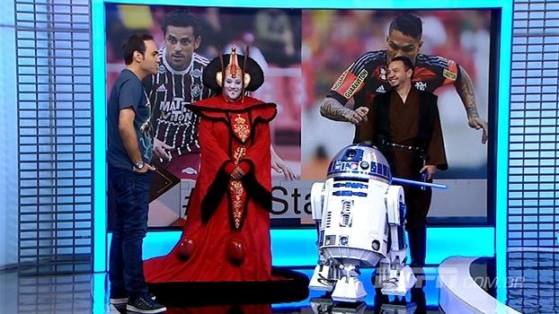 R2-D2, Anakin Skywalker e Princesa Amidala invadem o 'Bate-Bola'