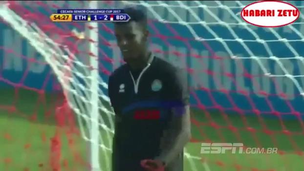 Mãos de alface: goleiro da Etiópia comete falha incrível e seleção é goleada por Burundi; veja o lance