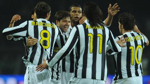 Felipe Melo fez o dele, Marchisio deixou Samuel sentado, e Juventus de Diego venceu Internazionale de Eto'o em 2009