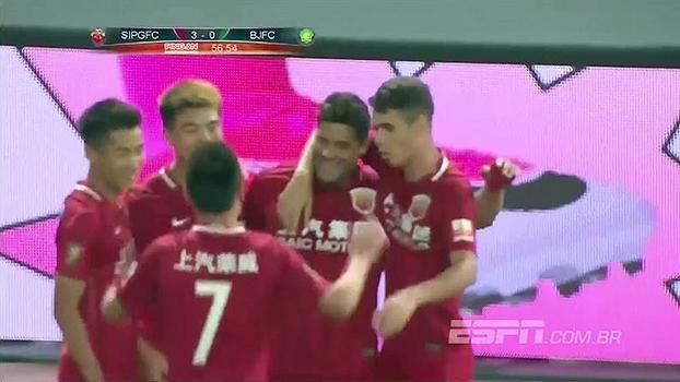 Oscar dá três assistências, Hulk marca e Shanghai SIPG goleia time de Renato Augusto