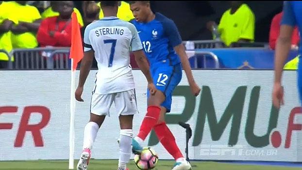 Abusado! Mbappé faz graça diante de jogadores ingleses e levanta torcida da França