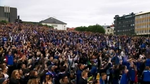 Torcedores e narrador vão à loucura com 2º gol da Islândia contra a Inglaterra