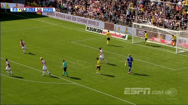 Com golaço de David Neres, Ajax vence a segunda no Holandês