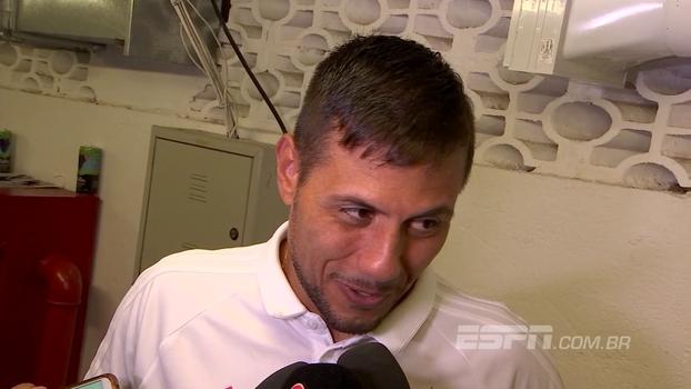 Diego Alves minimiza briga entre Rhodolfo e Vizeu: 'Chagaram a um acordo e está tudo tranquilo'