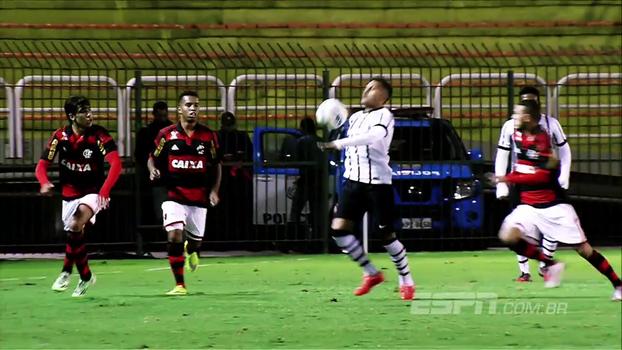 Corinthians e Flamengo duelam pelo Brasileirão sub-20 nesta quinta-feira