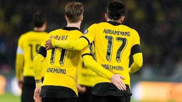 Copa da Alemanha (quartas - jogo único): Melhores momentos de Stuttgart 1 x 3 Borussia Dortmund