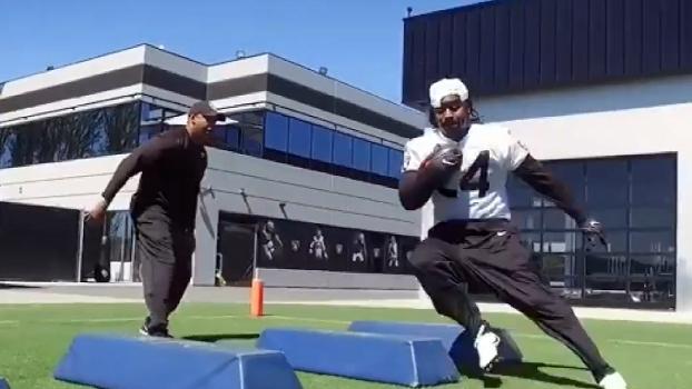 Com Marshawn Lynch, Oakland Raiders mostra imagens de treinamento; veja
