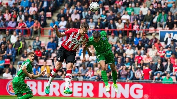 De virada, PSV vence o Zwolle fora de casa e fecha campeonato em terceiro