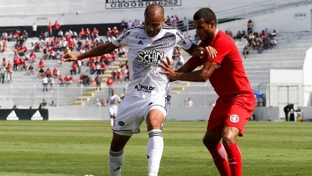 Veja os gols do empate entre Ponte Preta e Internacional por 2 a 2