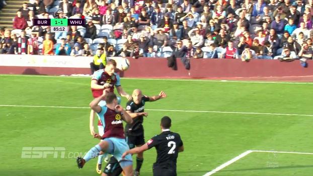 Burnley sai atrás, mas consegue reação no fim e empata com West Ham no Turf Moor