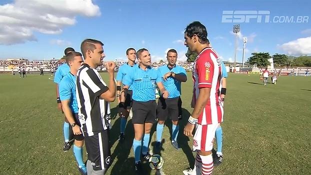 Em dia de reencontro entre Loco Abreu e Botafogo, quem brilhou foi Sassá