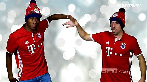 Com dancinhas e muita cantoria, elenco do Bayern faz vídeo de natal