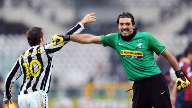 Del Piero fez 2 gols, e Juventus venceu Genoa de virada em 2010; reveja
