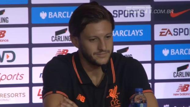 Lallana chama Coutinho de fantástico e vê brasileiro como essencial para Liverpool brigar por títulos