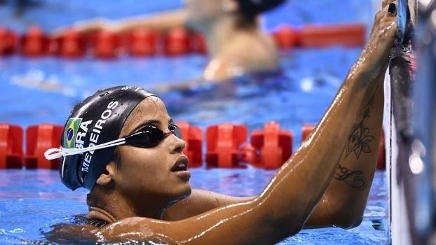 Etiene Medeiros conquista bicampeonato mundial nos 50m costas