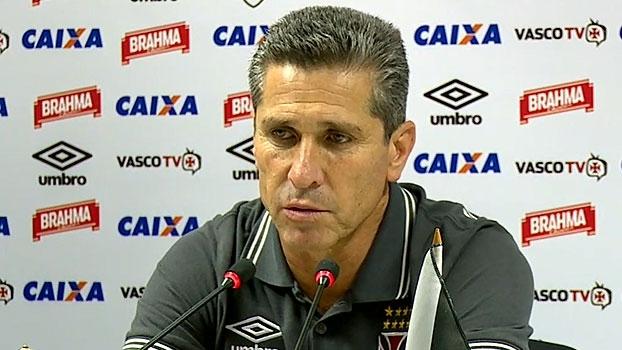 Jorginho mira recorde do Corinthians e se derrete por Nenê: 'Um dos melhores do Brasil'