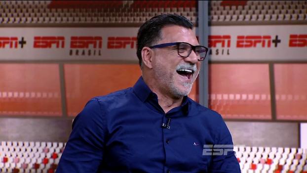 'Bullying não é inglês, é pernambucano!'; Ricardo Rocha arranca risadas com suas melhores histórias e piadas