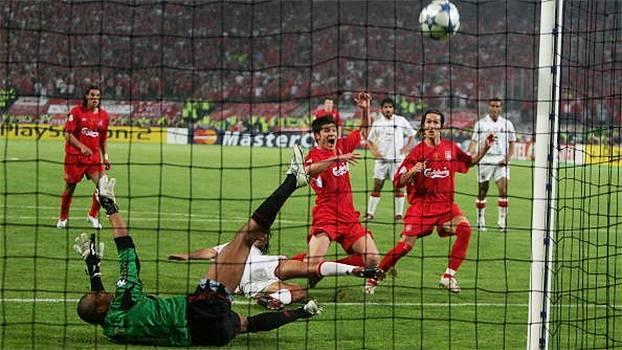 Há 10 anos, Liverpool e Milan faziam uma das finais mais épicas de todas as Champions