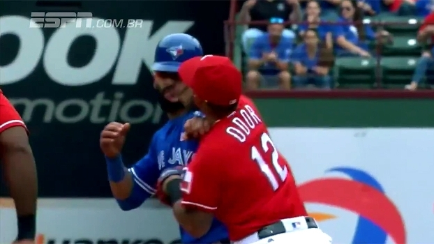 'Chilique' de Curry, 'boxe' na MLB e descontrole de McGregor; reveja grandes brigas de 2016