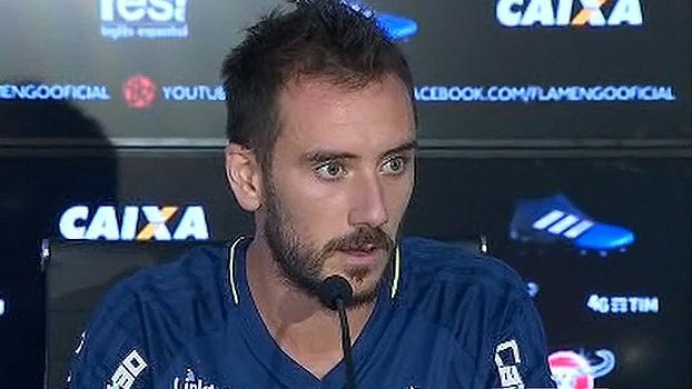 Mancuello fala sobre seu posicionamento no Flamengo: 'Pedi para jogar na direita'