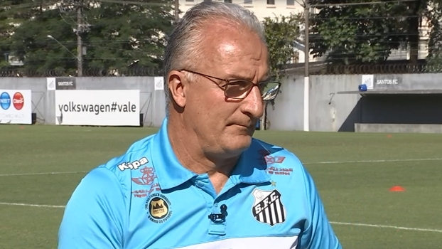 Para Dorival, trouxemos 'tudo de ruim' do futebol europeu e eles levaram 'tudo de bom' do brasileiro