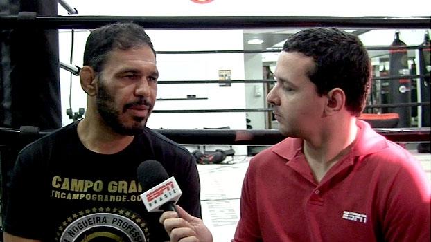 MMA Live Brasil: Rogério Minotouro vê 'lição' em luta de Bisping e diz que quer lutar em 2016