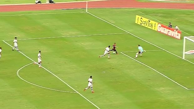 Tempo Real: Muralha! Lucas Perri fecha o gol do São Paulo, e Marcos Guilherme perde ótima chance