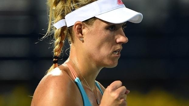 WTA Premier de Dubai: Angelique Kerber 2 x 0 Monica Puig
