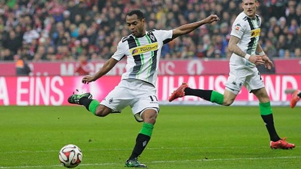 Apesar dos gols no Mönchengladbach, Raffael afirma que precisa melhorar nas finalizações