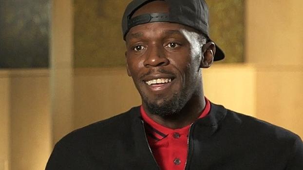 Bolt fala em sonho de ser jogador de futebol após aposentadoria e cita Rooney: 'Estou no mesmo nível'