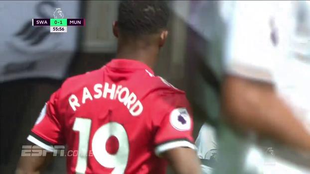 Tempo real: Rashford chuta, mas Fabiansky faz defesa tranquila