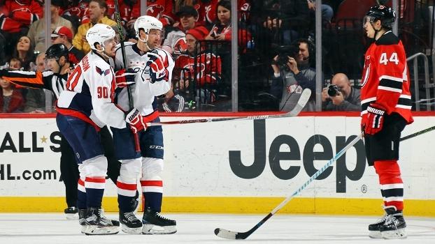 NHL: Washington Capitals goleiam Devils em New Jersey
