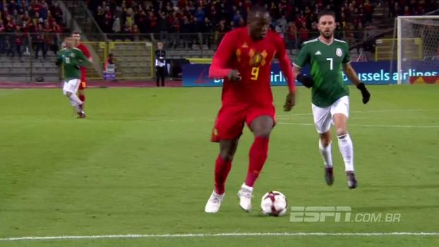 Lukaku e 'Brinquedo Assassino' brilham em empate de seis gols entre Bélgica e México