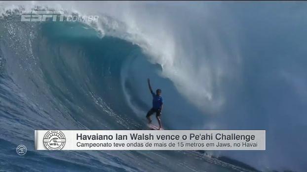 Imagens sensacionais: havaiano vence campeonato em Jaws com ondas de até 15 metros