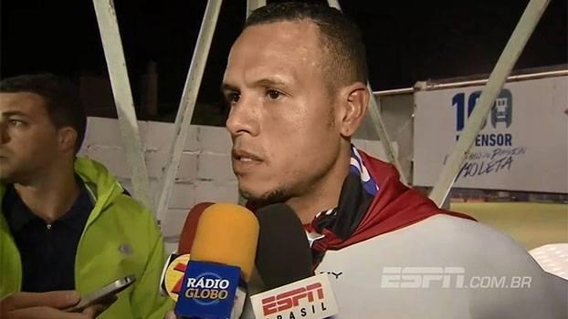 Luis Fabiano nega acerto com o Orlando City, rebate Aidar e desabafa: 'Se precisar sair agora, saio, sem problemas'