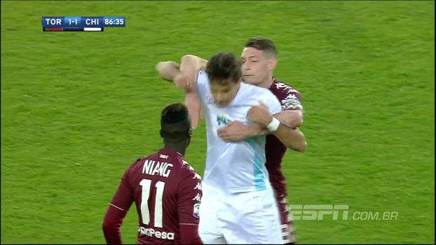 Torino empata com Chievo em jogo tenso e perde chance de ultrapassar Milan no Italiano