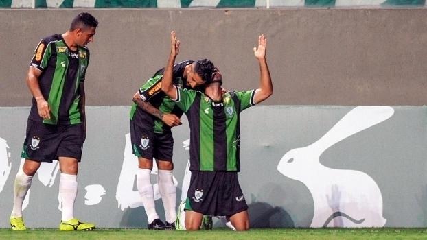 Assista ao gol da vitória do América-MG sobre o Figueirense por 1 a 0 8428a72ae1280