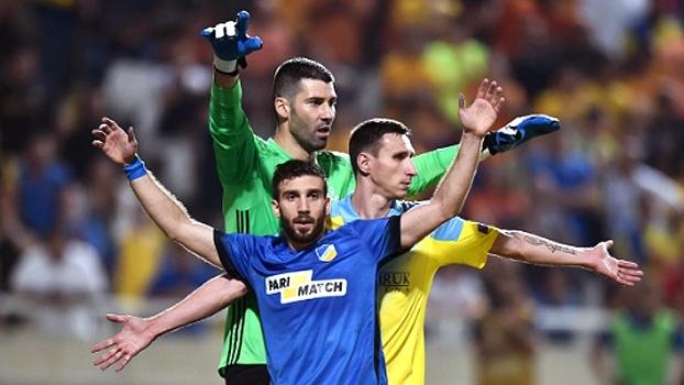 Assista aos gols da vitória do APOEL Nicosia sobre o FC Astana por 2 a 1