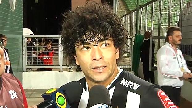 Luan comemora gol após lesão e se emociona: 'Espero nunca sair daqui e vestir essa camisa para sempre'