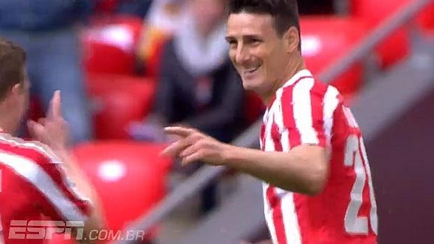 Com direito a 'cavadinha', Aduriz resolve e o Bilbao vence o Espanyol em casa