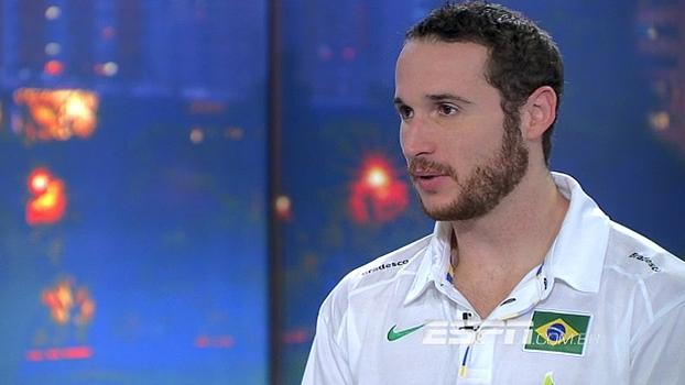 Huertas revela paixão por futebol: 'Sou corintiano roxo, mas tive jogo no mesmo dia da final do Mundial'