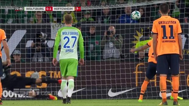 Em casa, Wolfsburg sai atrás, mas busca empate contra o Hoffenheim