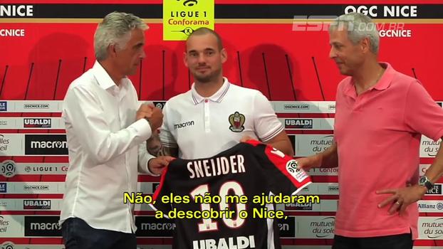 Chegando no Nice, Sneijder fala de Balotelli e de suas pretenções: 'Claro que estou pensando em jogar a Copa do Mundo'