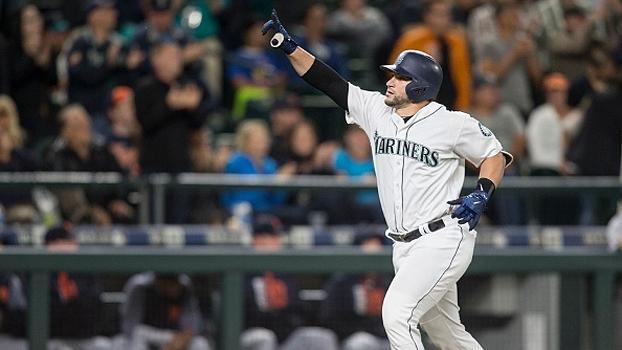 Com três home runs, Mariners viram sobre Tigers na abertura da série de quatro jogos