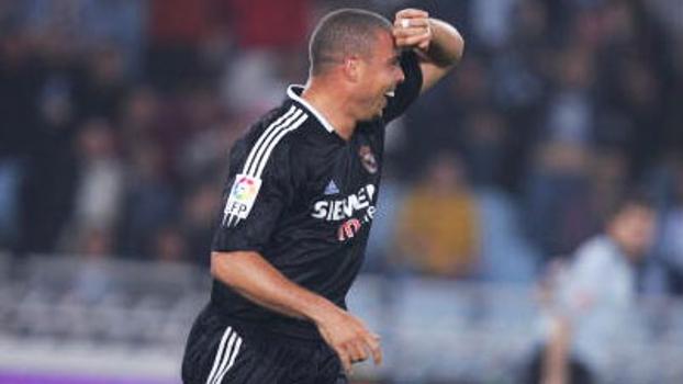 Em 2005, Ronaldo marcou dois na vitória do Real sobre a Sociedad e homenageou Cicarelli